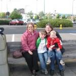 Margareth, Moniek en de jongens